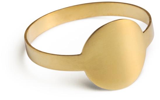 Flat Ring by Marc Monzó